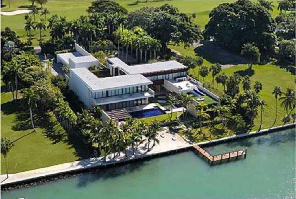 Villas maisons de luxe miami for Villa luxe usa
